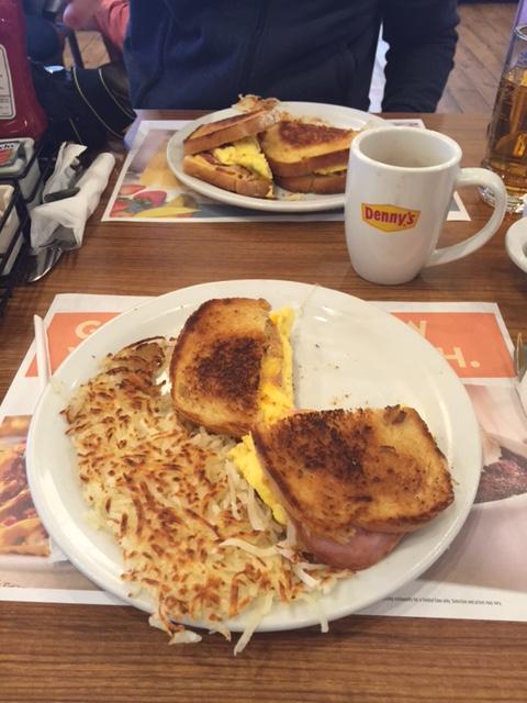 dennys breakfast