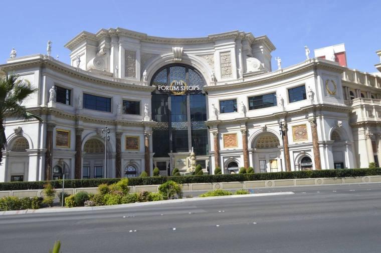 forum shops 2