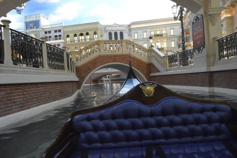 venetian gondola 4