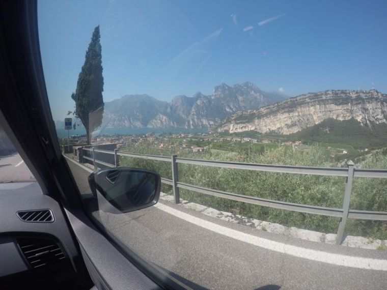 driving-into-torbole